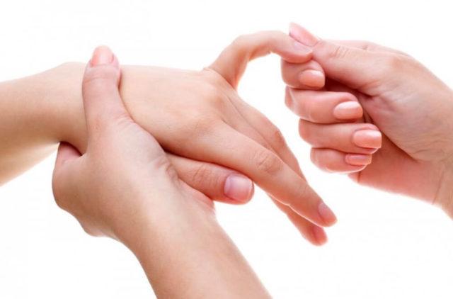 Инфекционно-аллергический артрит проявляется на третьей неделе