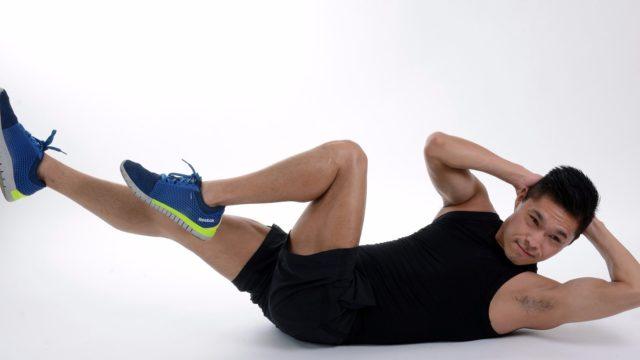 Для снижения нагрузок на тазобедренный комплекс рекомендуется избегать поднятия тяжестей, равномерно распределять периоды отдыха и труда