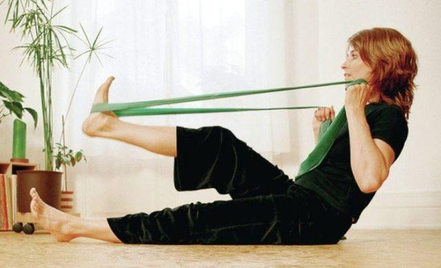 Для максимально долгого сохранения функций голеностопных суставов очень важна лечебная физкультура