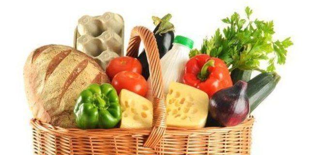 Пища с высоким содержанием жиров снижает способность организма выводить мочевую кислоту и способствует развитию ожирения