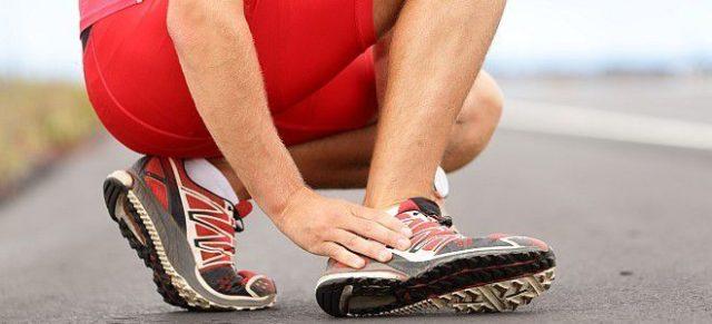 Артрит голеностопного сустава – это воспалительное хроническое или острое заболевание указанного сочленения двигательной системы человека