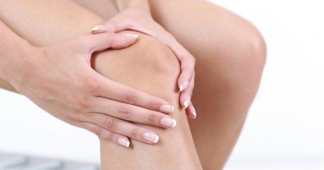 Явным симптомом артрита коленного сустава является наличие боли