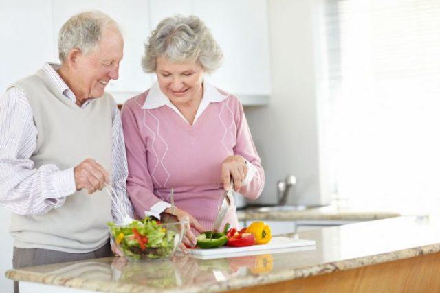 По поводу диеты обязательно проконсультируйтесь с лечащим врачом, особенно при наличии сопутствующих заболеваний