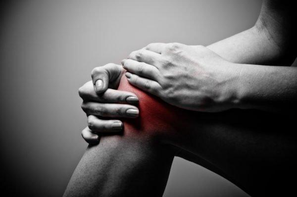 Среди всего разнообразия дистрофических болезней суставов одной из типичных локализаций поражения является область колена