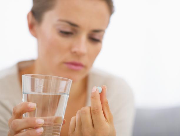 Недельную дозу следует разделить на три равные части, интервал приема между ними должен составлять двенадцать часов