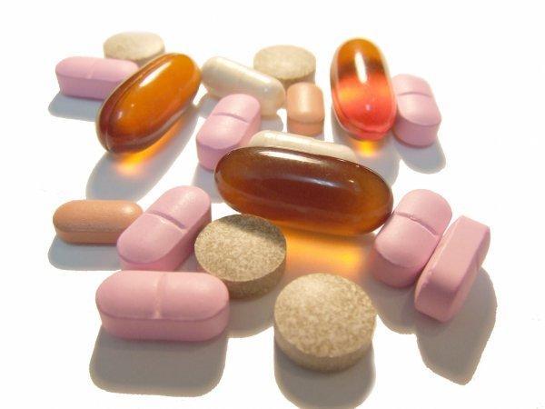 Если симптомы заболевания не сильно выражены, то врачи могут использовать негормональные противовоспалительные препараты