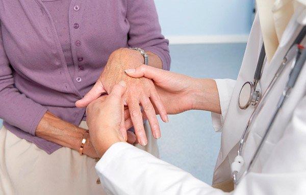 Поэтому необходимо проводить ее не только в начальной стадии, но и на всем протяжении лечения болезни