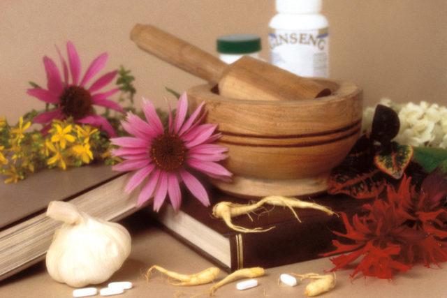 Очень важно не забывать про основное лечение, поскольку народная медицина лишь дополняет его